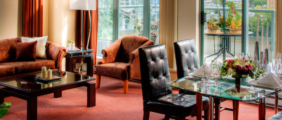 Vancouver Executive Airport Plaza Hotel