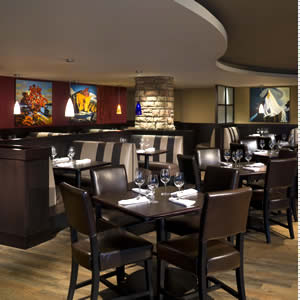Dining at Squamish Hotel | Executive Suites Garibaldi Springs ...